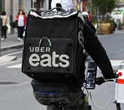 Livraison de repas À quoi joue Uber Eats ?